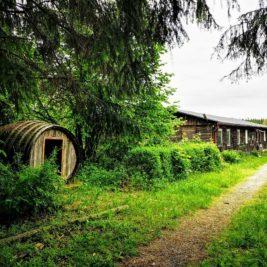 Ferienlager Neudorf - Fass und Mädchenbaracke