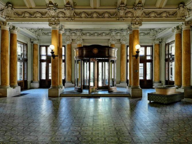 Karlsbad: Eingangsbereich vom Kaiserbad