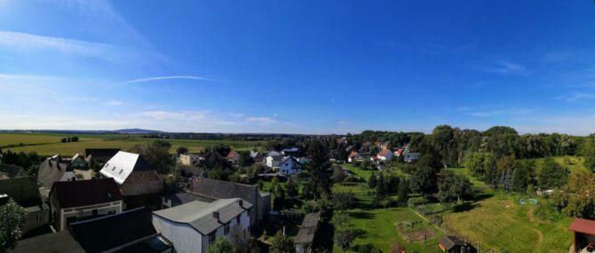 Panoramablick über Mösthinsdorf vom Kirchturm