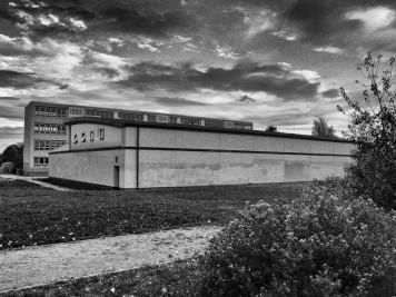 Silberhöhe: Grundschule und Sporthalle Hanoier Straße