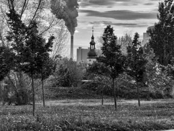 Silberhöhe: Blick zur Kirche in Beesen bis zum Buna-Werk