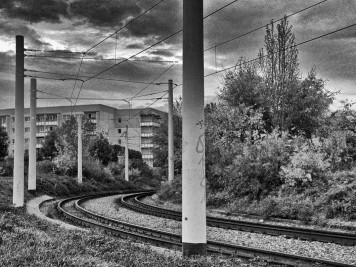 Silberhöhe: Straßenbahnschienen in der Kurve zum Anhalter Platz
