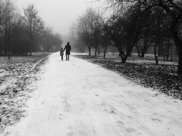 Spaziergang am Skater-Spielplatz, Windmühlenstraße