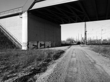 Unter der B6n-Brücke in Köthen