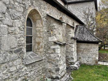 Südseite der Heiliger Hippolyt Kirche in Zell am See