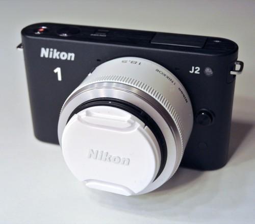 Nikon 1 J2 mit Nikkor 18,5 1,8 Objektiv